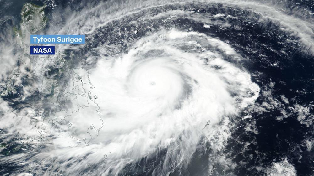 Tyfoon Surigae.jpg