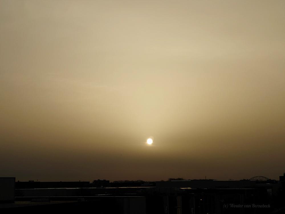 Uiteindelijk lukte het de zon door te breken. (Bron: Wouter van Bernebeek, Houten)